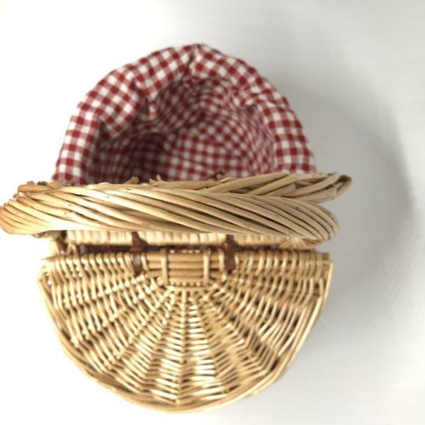 knitting-cat-junior-knitting-1